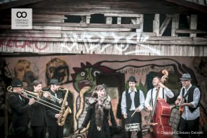 Lady Dillinger Swing Band