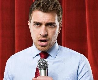 parlare_al_microfono